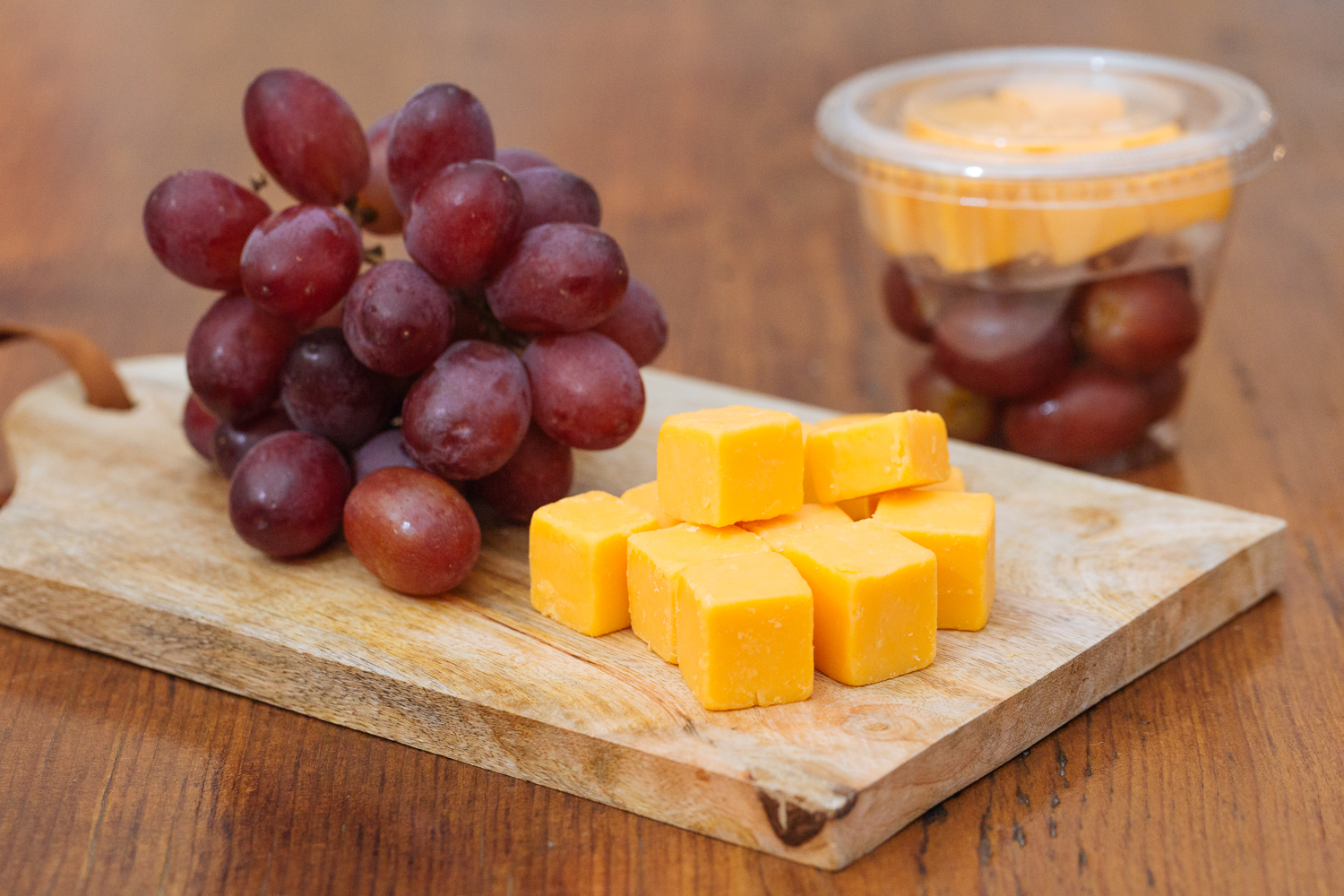 Cheese and Grape Snack Cup